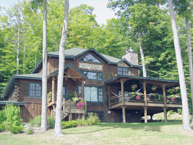 Single Family for Sale at 28 Overlook Way Lake Placid, New York 12946 United States