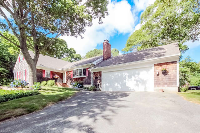 Single Family for Sale at 27 Moody Drive Sandwich, Massachusetts 02563 United States