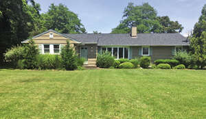 Featured Property in Westhampton Beach, NY 11978