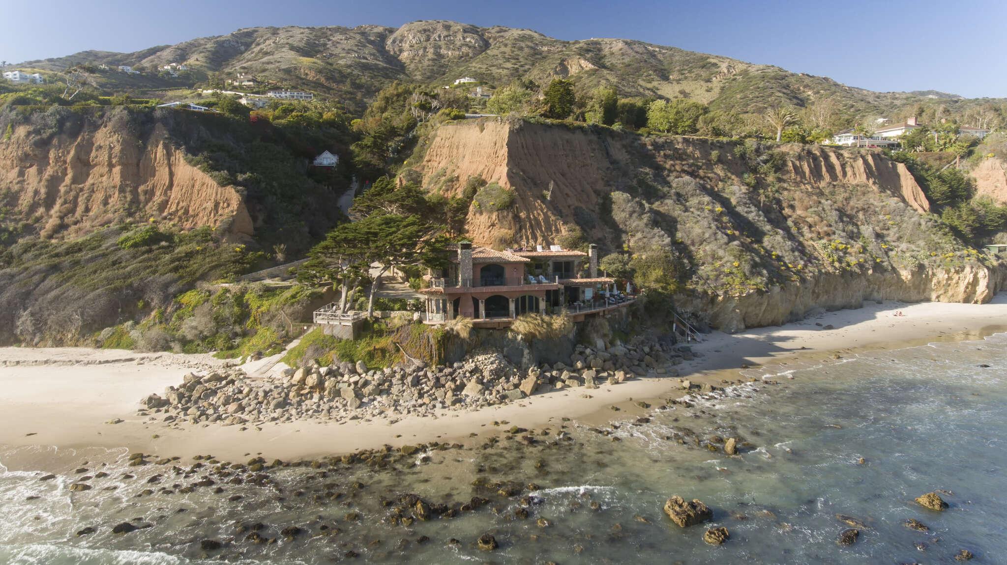 Single Family for Sale at Il Pelicano In Malibu Malibu, California 90265 United States