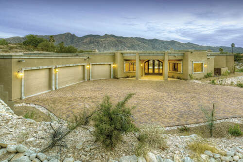 Single Family for Sale at 5115 N Via De La Granja Tucson, Arizona 85718 United States