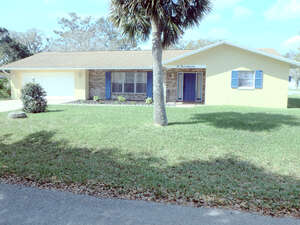Featured Property in Palm Coast, FM 32137