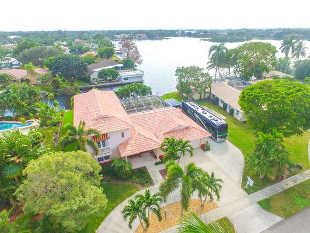 Single Family for Sale at 802 SW 36th Avenue Boynton Beach, Florida 33435 United States
