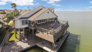 Real Estate for Sale, ListingId: 48342162, Tiki Island, TX  77554