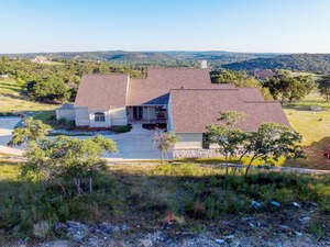 Featured Property in Ingram, TX 78025