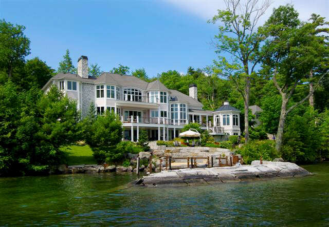 Single Family for Sale at 519/520 Edgewater Drive Gilford, New Hampshire 03249 United States