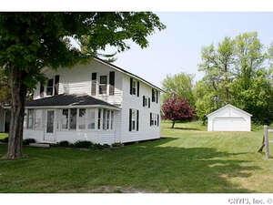 Featured Property in Chaumont, NY 13622