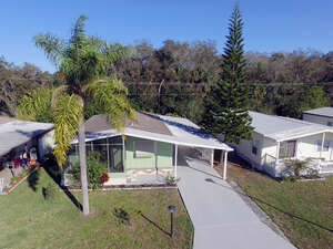 Featured Property in Palmetto, FL 34221