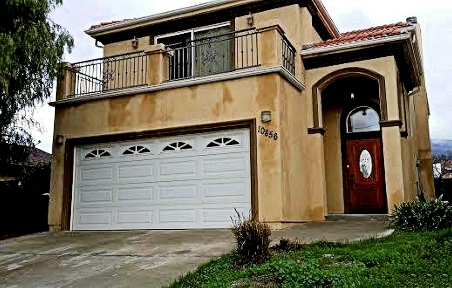 Single Family for Sale at 10856 Mcvine Ave Sunland, California 91040 United States