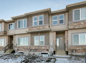 Featured Property in Edmonton, AB T6M 0W9
