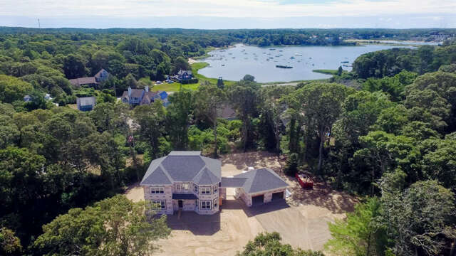 Single Family for Sale at 189 Scraggy Neck Road Cataumet, Massachusetts 02534 United States