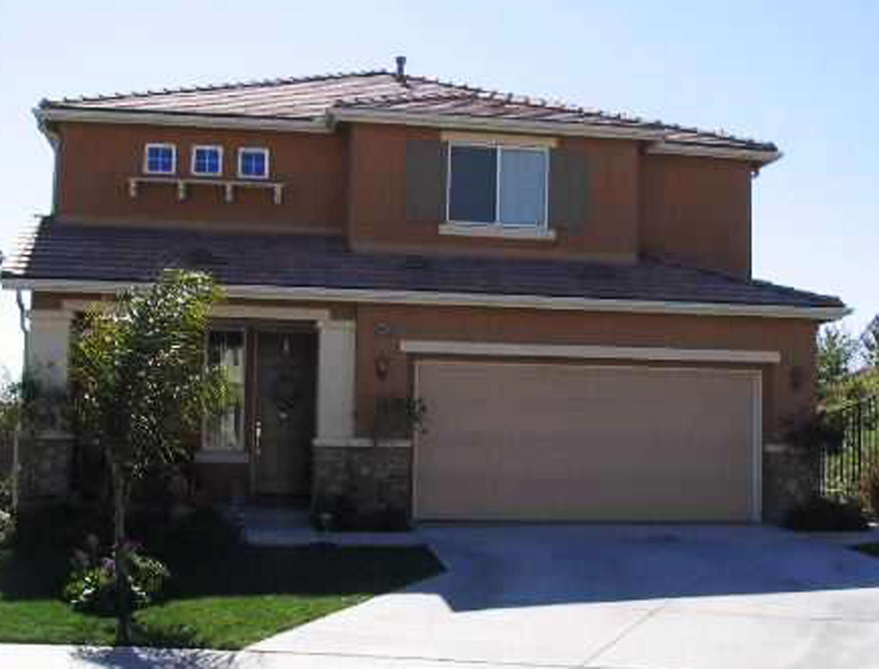 Single Family for Sale at 19980 Sassoon Pl Saugus, California 91350 United States