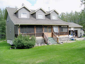 Featured Property in Alberta Beach, AB T0E 1V0