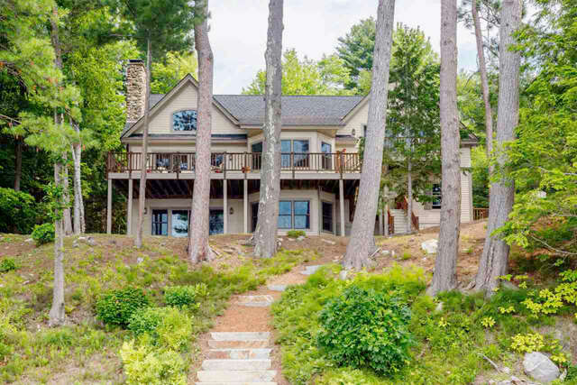 Single Family for Sale at 124 Broadside Road Wolfeboro, New Hampshire 03894 United States