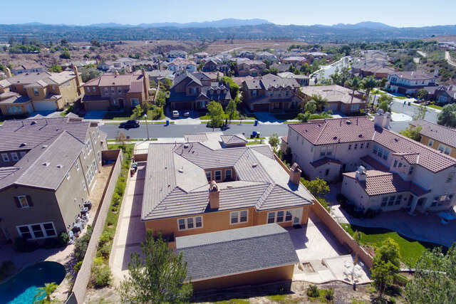 Single Family for Sale at 13209 Shadow Wood Pl Moorpark, California 93021 United States