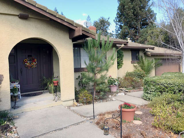 Single Family for Sale at 125 Kerri Ct Redwood City, California 94061 United States