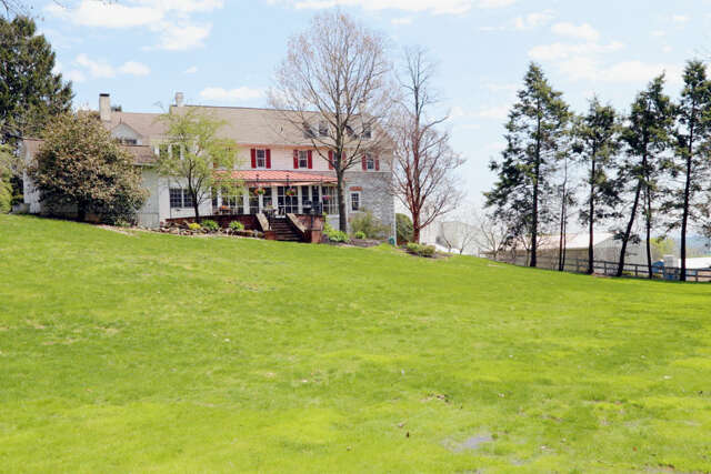 Single Family for Sale at 12 Tobacco Road Akron, Pennsylvania 17501 United States