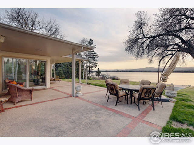 Single Family for Sale at 2105 Lake Dr Loveland, Colorado 80538 United States