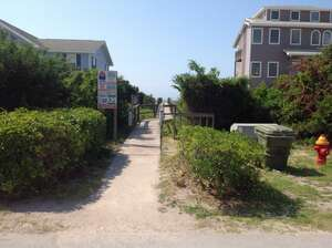 Land for Sale, ListingId:28961852, location: 7302 Ocean Drive Emerald Isle 28594
