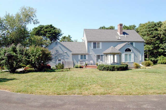Single Family for Sale at 626 Airline Road East Dennis, Massachusetts 02641 United States