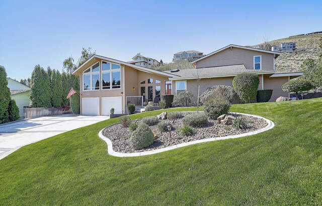 Single Family for Sale at 2519 Blue Hill Court Richland, Washington 99352 United States
