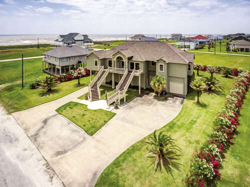 Single Family for Sale at 813 Pinata Drive Crystal Beach, Texas 77650 United States