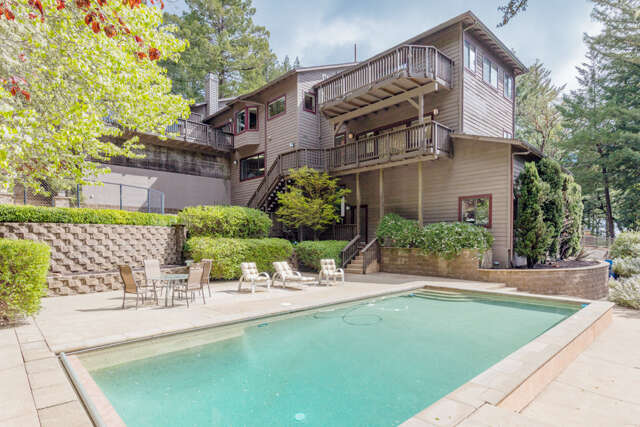 Single Family for Sale at 12 Starwood Dr Woodside, California 94062 United States