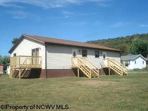 Featured Property in Albright, WV 26519