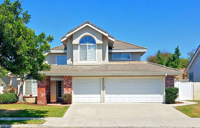 Single Family for Sale at 2721 Volcano Court Oxnard, California 93030 United States
