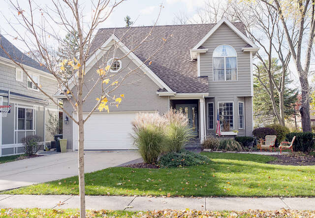 Single Family for Sale at 4608 Linscott Avenue Downers Grove, Illinois 60515 United States