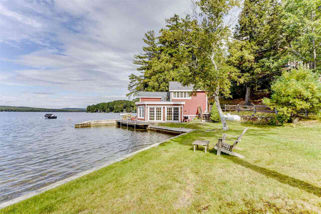 Single Family for Sale at 129 South Cove Road Wakefield, New Hampshire 03830 United States