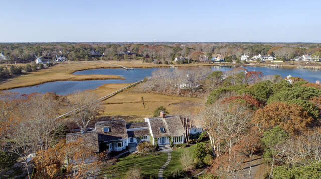 Single Family for Sale at 142 Great Bay Road Osterville, Massachusetts 02655 United States