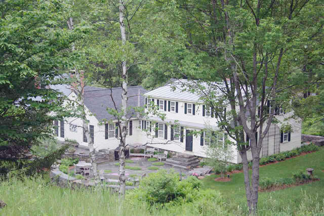 Single Family for Sale at 74 Barber Hill Road North Pomfret, Vermont 05053 United States