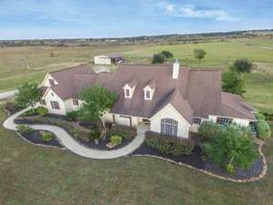 Featured Property in Waller, TX 77484