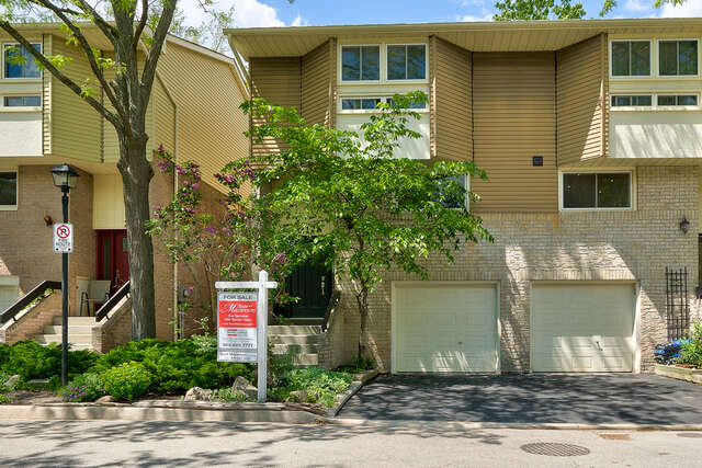 Real Estate for Sale, ListingId:45239125, location: 1135 McCraney St E Unit 21 Unit 21 Oakville
