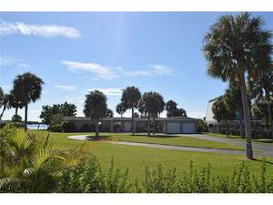 Featured Property in Bradenton, FL 34207