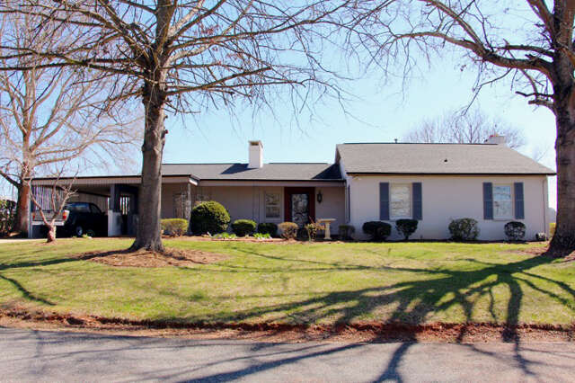 Real Estate for Sale, ListingId:44082854, location: 6728 Lakeview Ter Hickory 28601