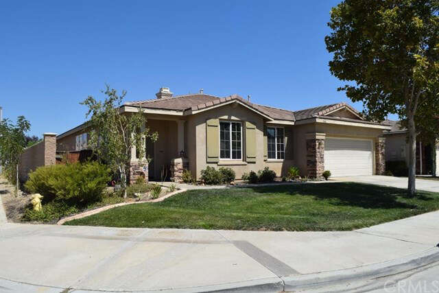 Featured Property in WILDOMAR, CA, 92595