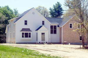 Featured Property in Bourne, MA 02532