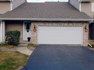 Featured Property in Hampshire, IL 60140