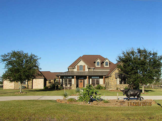 Single Family for Sale at 7803 Country Lane Santa Fe, Texas 77517 United States