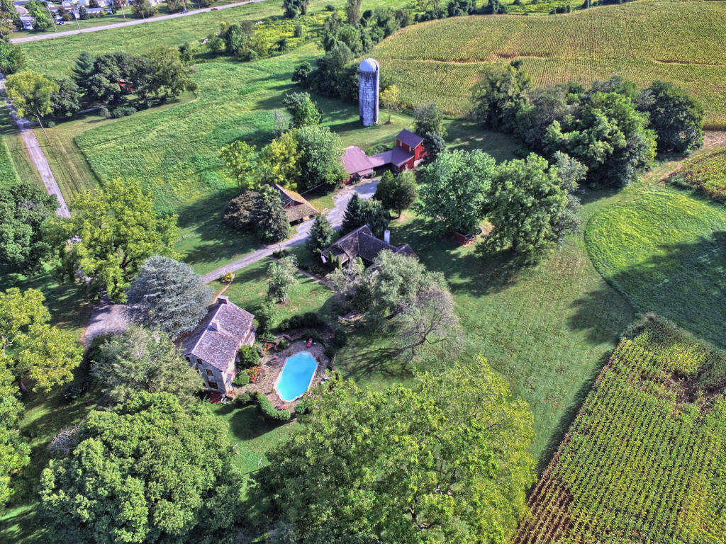 Single Family for Sale at 378 Hoods Lane West Grove, Pennsylvania 19390 United States