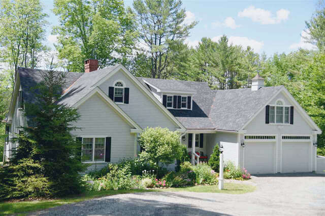 Single Family for Sale at 612 Church Hill Road Woodstock, Vermont 05091 United States