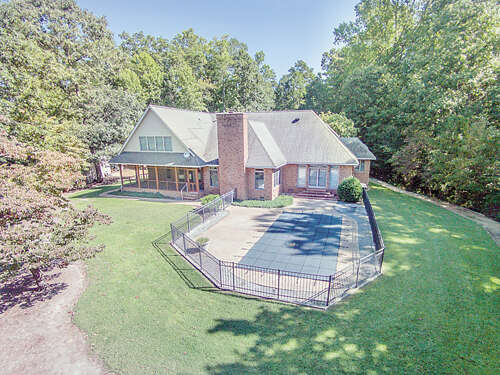 Single Family for Sale at 816 Wilton Creek Road Hartfield, Virginia 23071 United States
