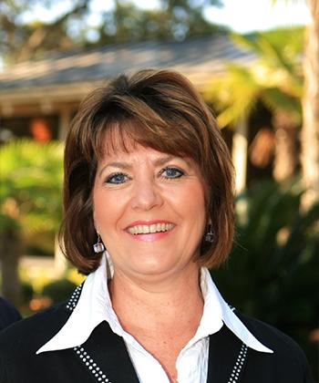 Kay Lowe