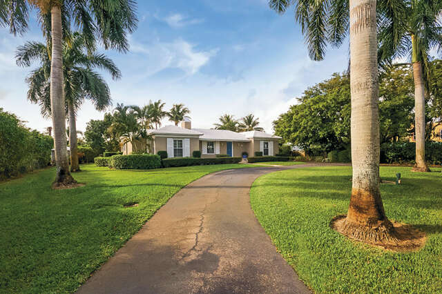 Single Family for Sale at 802 Swinton Avenue Delray Beach, Florida 33444 United States