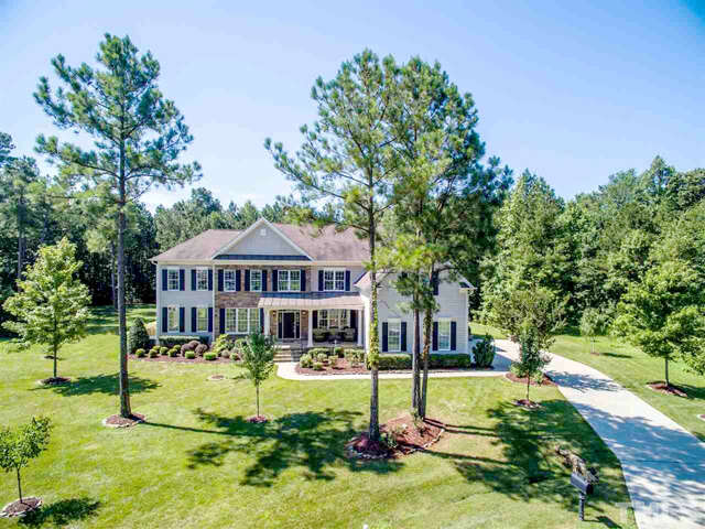 Single Family for Sale at 4009 Belmont Forest Way Raleigh, North Carolina 27606 United States