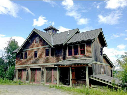 Single Family for Sale at 101 Black Cherry Lane Ludlow, Vermont 05149 United States