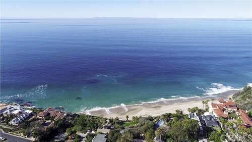 Single Family for Sale at 15 N Vista De Catalina Laguna Beach, California 92651 United States