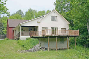 Featured Property in Cavendish, VT 05142